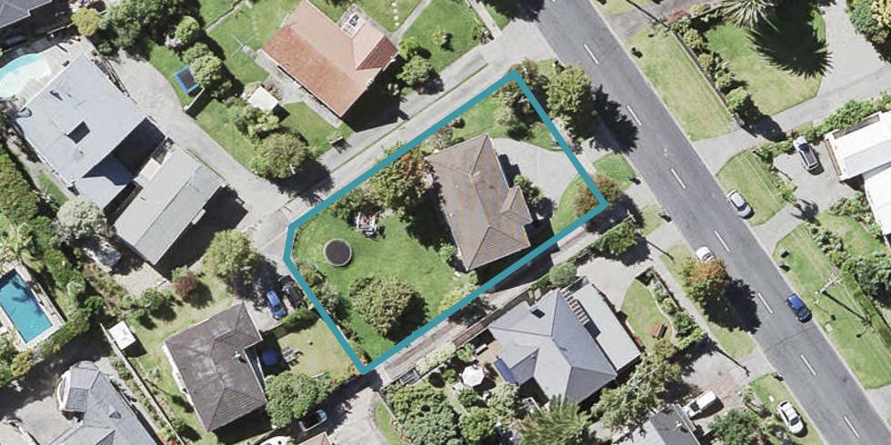 26 Lyons Avenue, Murrays Bay, Auckland