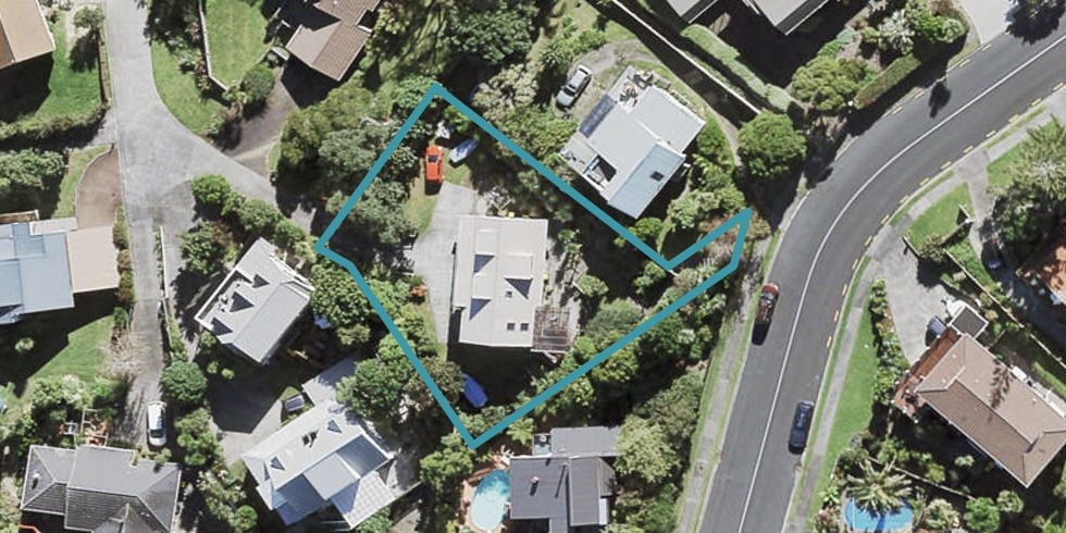 25 Hadfield Street, Beach Haven, Auckland