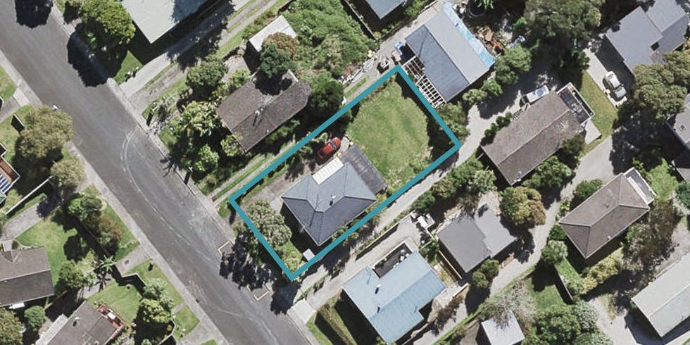 38 Tamahere Drive, Glenfield, Auckland