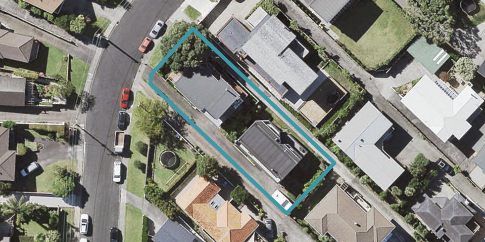 1/19 Seaview Road, Castor Bay, Auckland