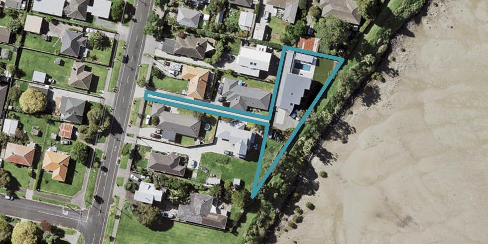 212A Riverside Avenue, Point England, Auckland