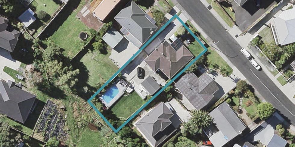 25 Andrew Road, Howick, Auckland