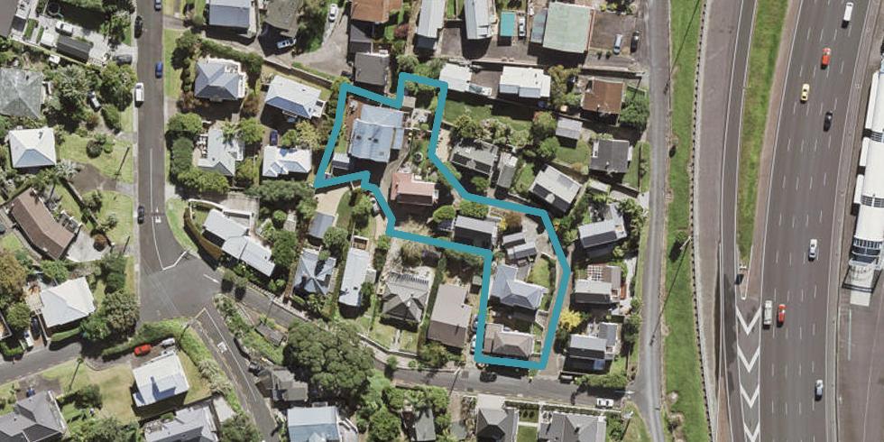 4/14 Beach Road, Northcote Point, Auckland