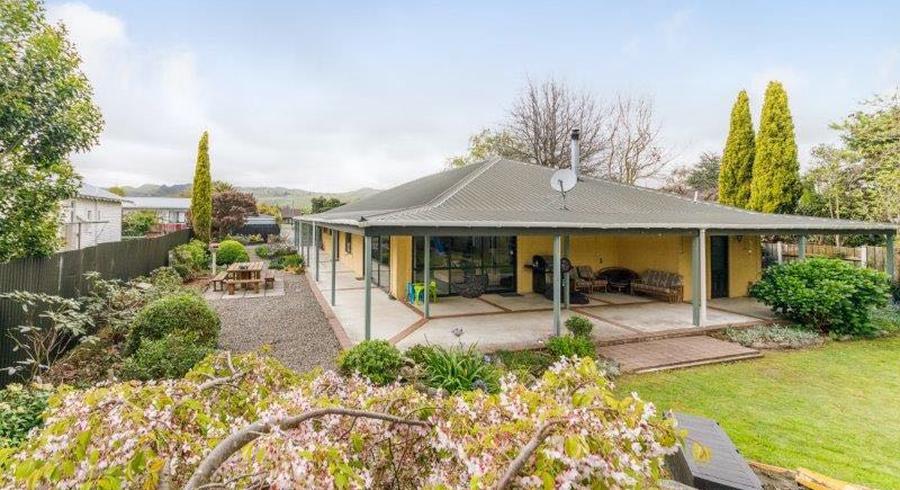 58 Oak Crescent, Ashhurst