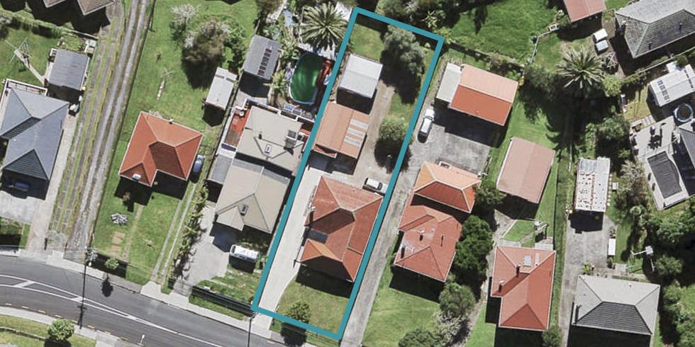 15 Vodanovich Road, Te Atatu South, Auckland