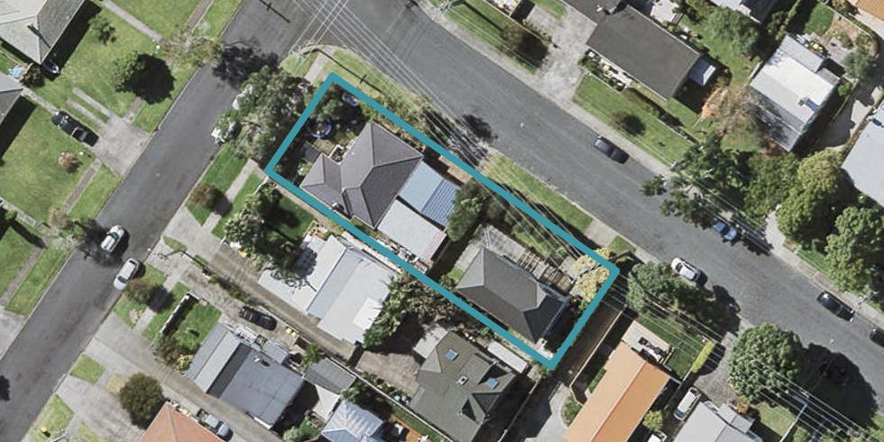 2/96 Eversleigh Road, Belmont, Auckland
