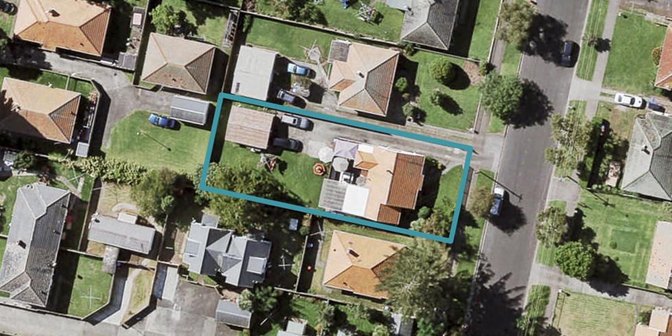 15 Tamatea Avenue, Point England, Auckland
