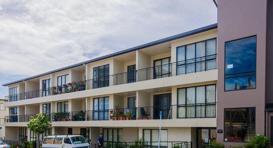 2H/1 Wadier Place, Henderson, Auckland