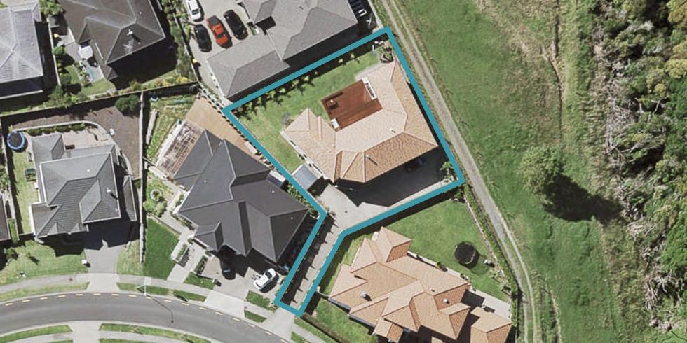 14 Fairhill Place, Flat Bush, Auckland